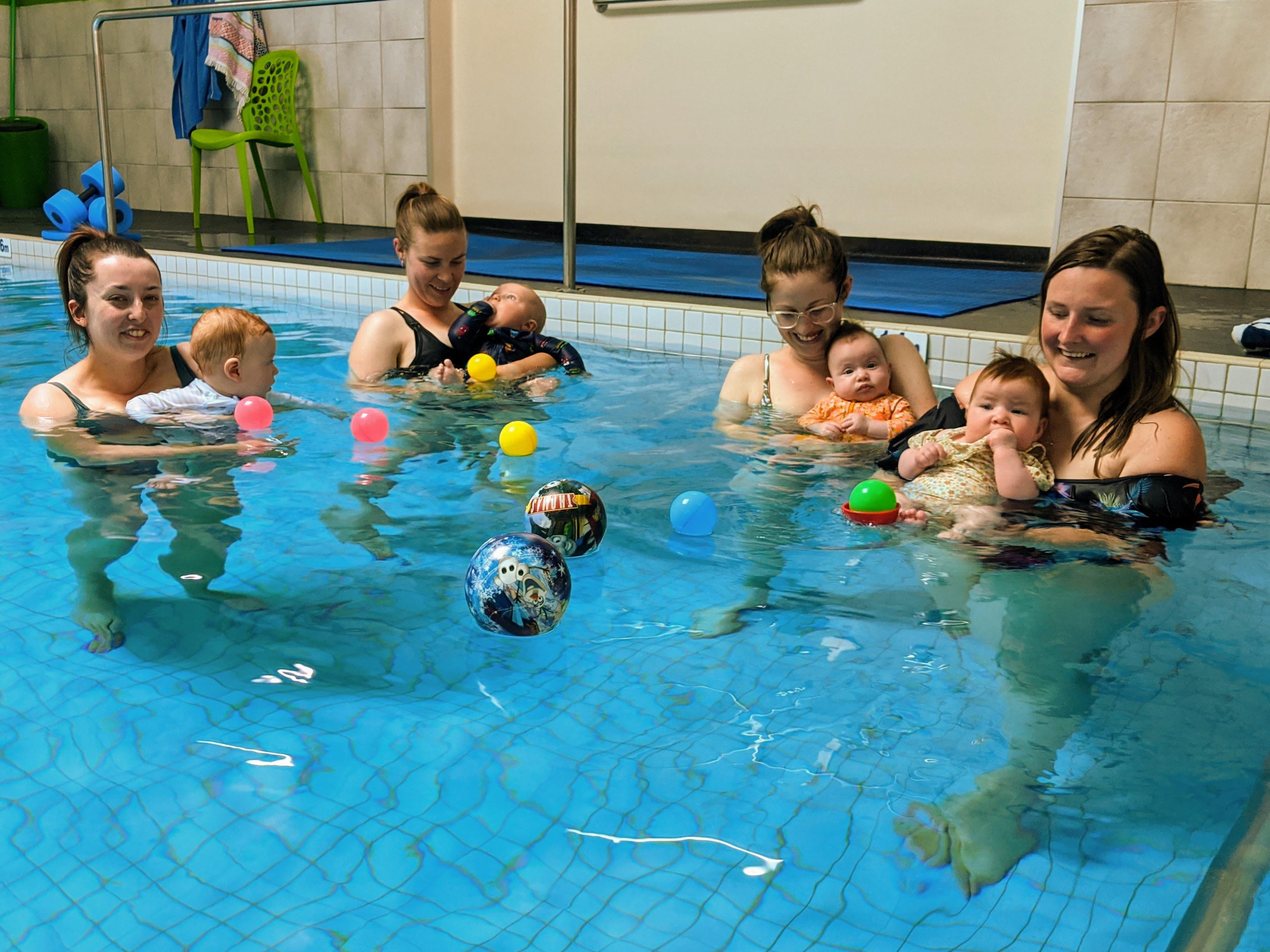 Children in pool.jpg